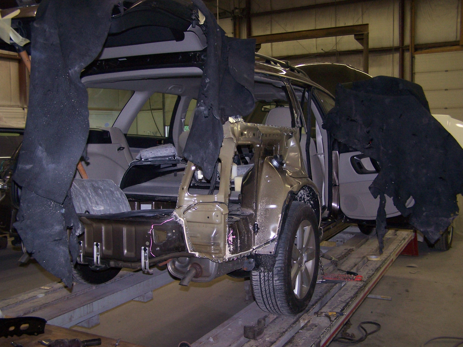Fine Lines Collision Repair Home At Electronics Center Inc We Specialize In Industrial Handle All Aspects Of Insurance Claims And Direct Programs For Most Major Companies